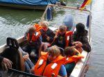 mit_dem_rennboot_ueber_den_see